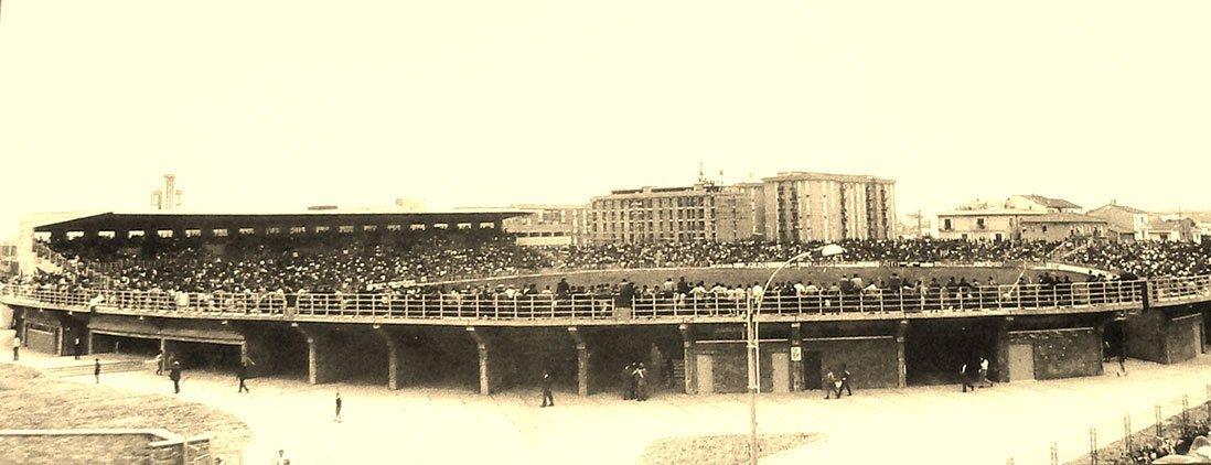 foto storica dello stadio benelli di ravenna